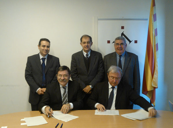 signatura_conveni_Microbank