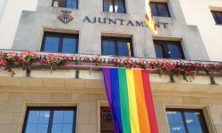 Bandera gai_ajuntament_2016